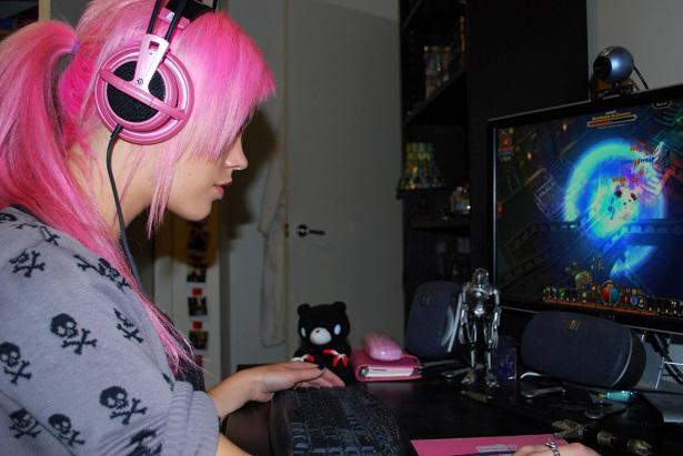 Jogos online e midía física no modo meu