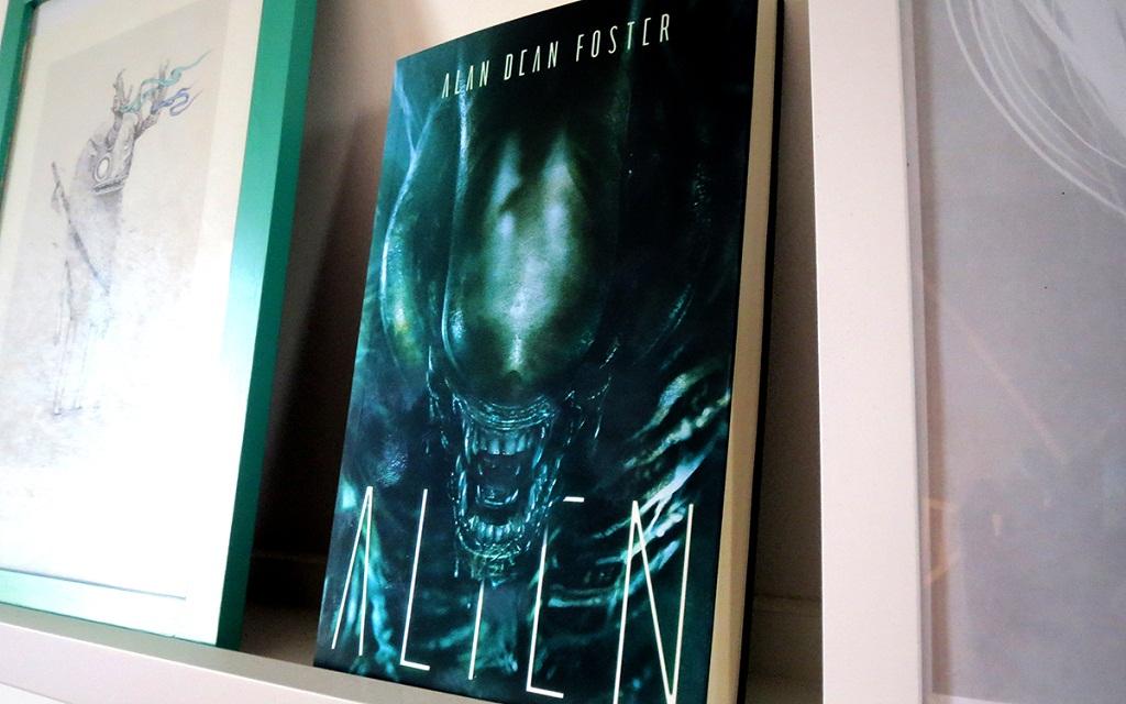 Capa_Alien_Modo Meu - Editora Aleph