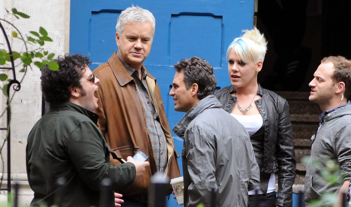 pink-nos-bastidores-do-filme-thanks-for-sharing